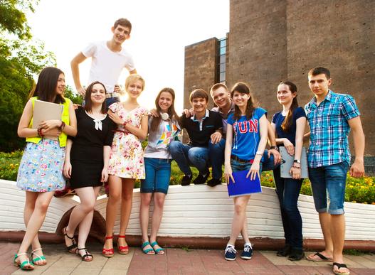 R.I.P. ALUMNI-L: CASE Rolls Out New Online Communities – alumni futures